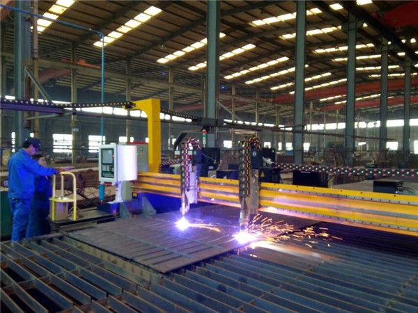 Gantry CNC плазмена машина за рязане и пламък за рязане на стоманена плоча